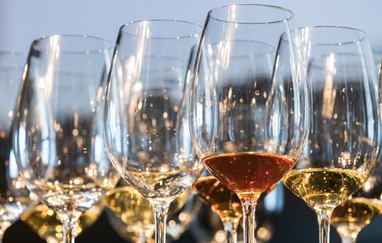 La encrucijada de los vinos tradicionales andaluces